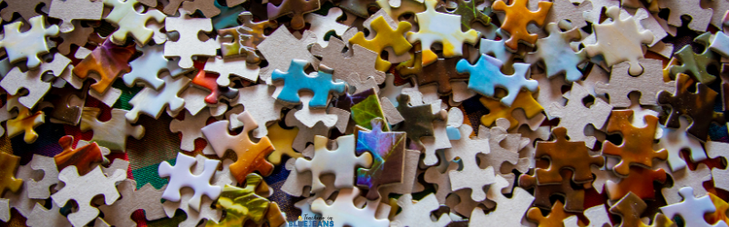 large pile of small puzzle pieces